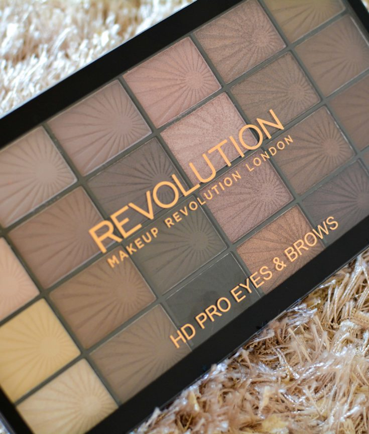 How do I do my eyes and eyebrows? Makeup Revolution HD Pro Eyes & Brows & Eye Brush