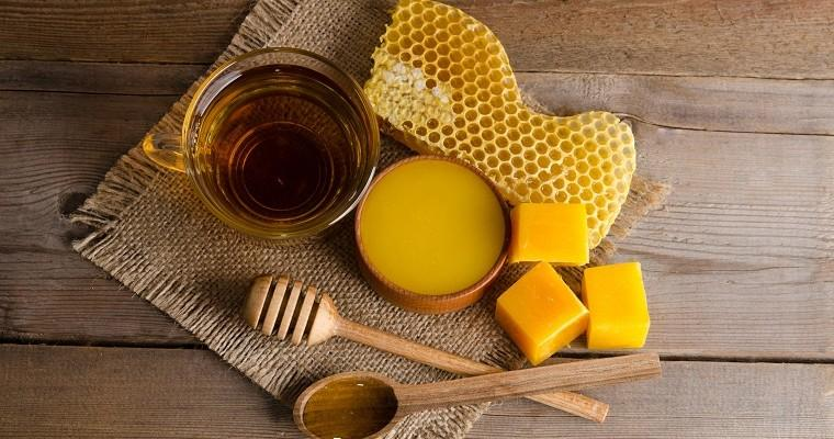 Beauty products straight from a hive! Beeswax and other bee's knees